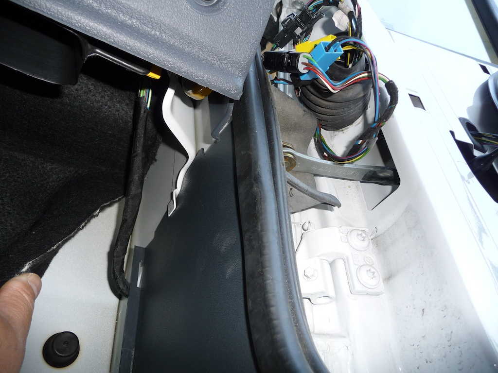 Modify Your Winnebago View Itasca Navion To Sense The State Of Wiring Harness Looking Up From Passenger Seat Footwell Floor Showing Cable Bundle Emerging Inside Cab Under Dashboard